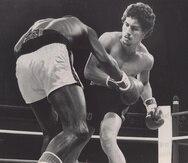 Wilfredo Gómez derribó ocho veces a Derrick Homes durante su combate el 22 de agosto del 1980 en Las Vegas. (GFR Media)