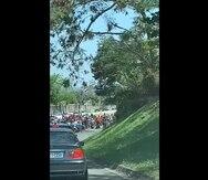 Capturan en vídeo a motoristas paralizando el expreso Las Américas
