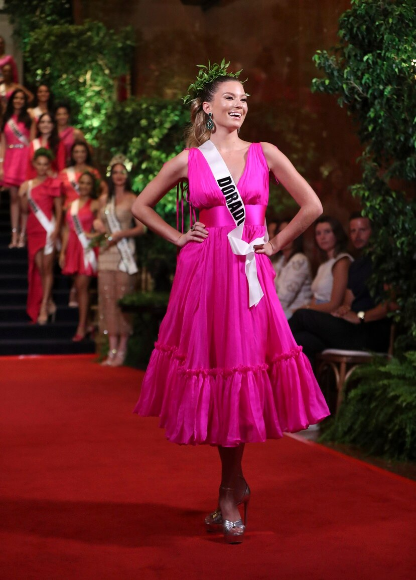 En la foto, Oxana Rivera, Miss Dorado.