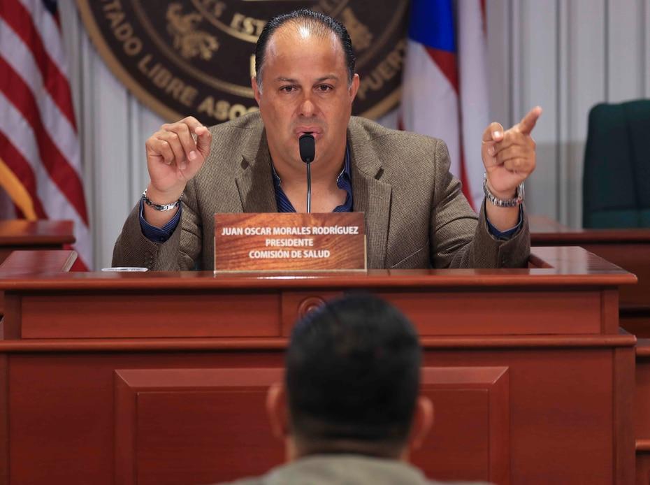 Mientras, con el representante Juan Oscar Morales tiene un contrato por $190,000.