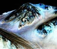 Es necesario excavar el subsuelo de Marte para confirmar la existencia de vida. (Ilustración NASA / JPL / University of Arizona)