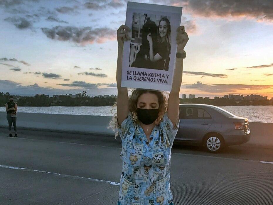 La hermana de Keishla, Bereliz Nichole, también participó de la protesta.