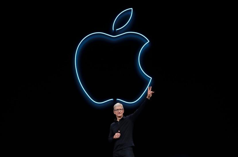 """Cuando se le preguntó cómo funcionaría Apple bajo su dirección, Tim Cook dijo que Apple necesitaba """"ser dueña y controlar las tecnologías primarias usadas en los productos que vendemos""""."""