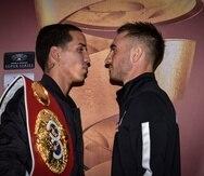 """Emmanuel """"Manny"""" Rodríguez (izq.) se encontró hoy con su contrincante Jason Moloney. (Suministrada)"""