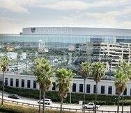 Sede de Univision en Los Ángeles. La cadena indicó que los precios y las fechas de lanzamiento se anunciarán después de que se apruebe la fusión Univision-Televisa, según el anuncio oficial del plan.