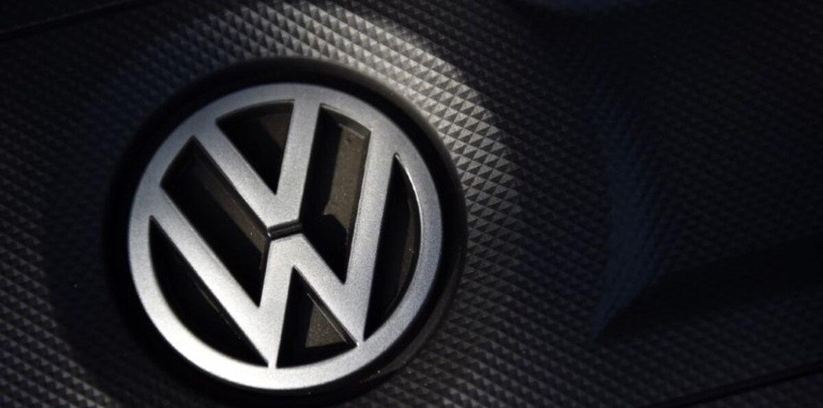 El acuerdo compromete a Volkswagen Camiones y Autobuses, subsidiaria de la fabricante alemana en Brasil y pionera en la producción de camiones eléctricos en América Latina, y la Compañía Brasileña de Metalurgia y Minería (CBMM), responsable por cerca del 80 % de la producción mundial de niobio.
