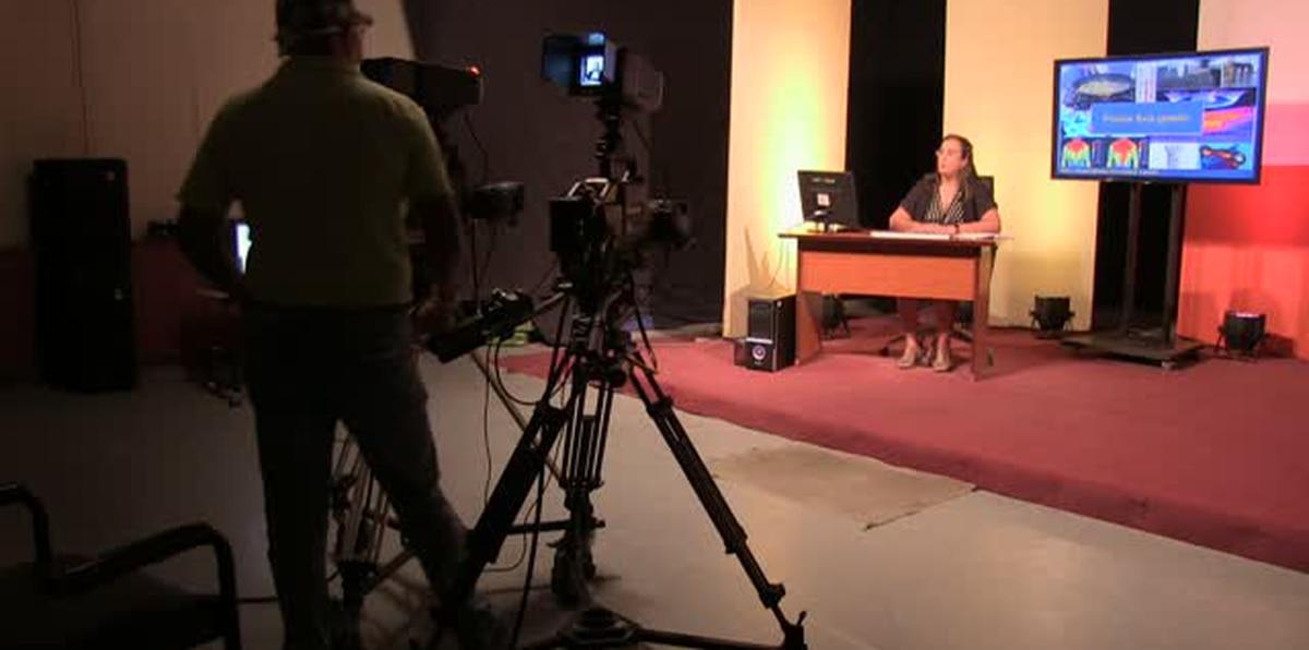 Niños cubanos ahora estudian... ¡por televisión!