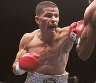 McJoe Arroyo capturó la faja júnior gallo de la Federación Internacional de Boxeo (FIB) en el 2015 al derrotar al filipino Arthur Villanueva.