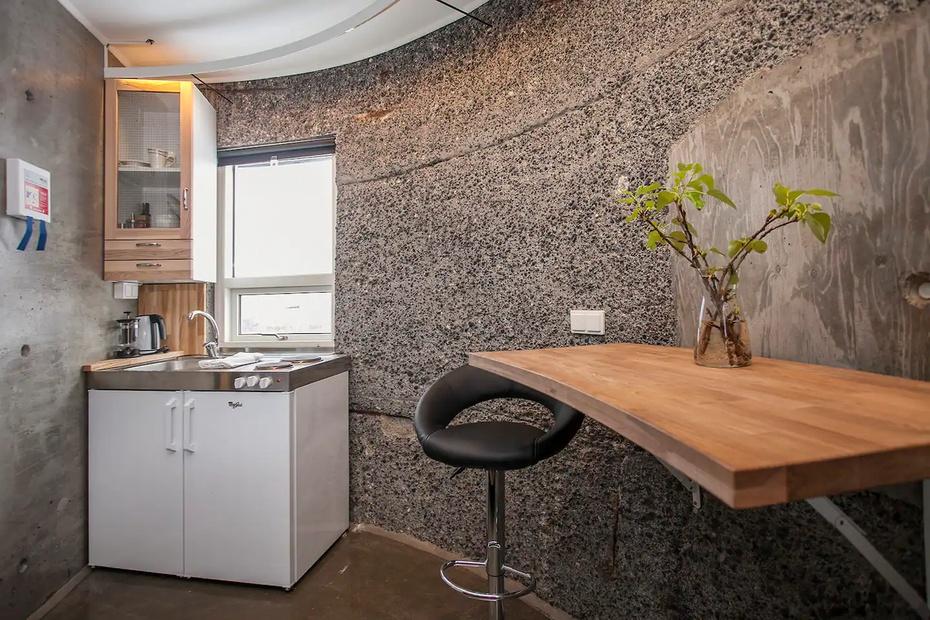 Desde la habitación se puede disfrutar de los atractivos invernales de Islandia y de las auroras boreales.