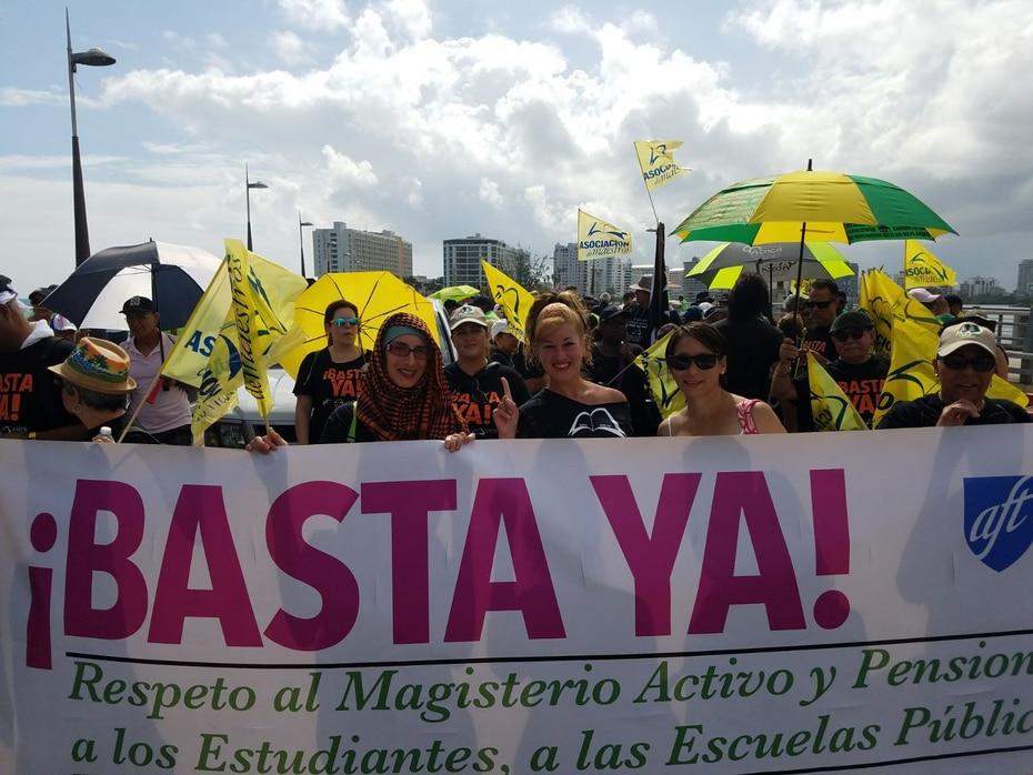 Miles de trabajadores marchan este 1 de mayo en Hato Rey y la isleta del Viejo San Juan para repudiar las políticas fiscales del gobierno de Ricardo Rosselló y la Junta de Supervisión Fiscal.