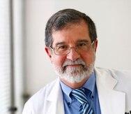 17 DE JULIO DE 2013 . SAN JUAN PUERTO RICO . ENTREVISTA AL DOCTOR FERNANDO CABANILLAS , DIRECTOR DEL CENTRO DE CANCER DEL HOSPITAL AUXILIO MUTUO. JOSE.MADERA@GFRMEDIA.COM
