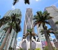 Fotografía cedida por Prestige Realty Group donde se muestra el edificio One Thousand Museum, único edificio diseñado en Miami por la famosa arquitecta angloiraquí Zaha Hadid, donde el cantante Nicky Jam compró por 6 millones de dólares un lujoso apartamento. EFE/Prestige Realty Group