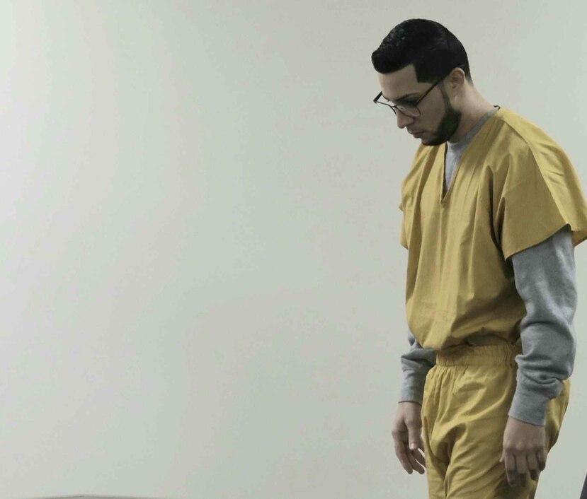 Medina Cardona está acusado de asesinato en primer grado y violación a la ley de armas.