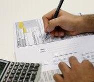 El EITC se puede recibir de dos maneras: como una aportación a la obligación contributiva que tenga la persona o como un reembolso que se recibe en depósito directo o cheque.