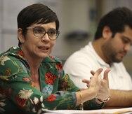 Sobre el escritorio del gobernador el nombre de Yanira Raíces Vega como secretaria de Educación
