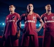 De izquierda a derecha: Philippe Coutinho, del FC Barcelona;  Lieke Martens, del FC Barcelona femenino; y Eden Hazard del FC Chelsea.