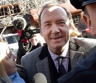 La revista Variety informó el sábado que los detectives británicos interrogaron a Kevin Spacey en mayo. (AP)