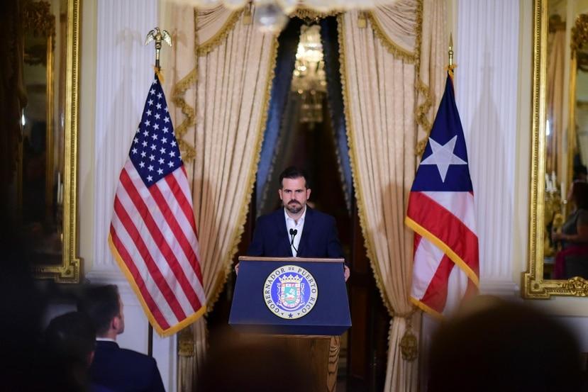 Varios economistas entrevistados por El Nuevo Día advierten que es imperativo llenar las vacantes que surgieron tras el escándalo del chat entre Rosselló y 11 de sus allegados. (AP)