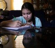 Estudiantes confrontan problemas de conectividad en el inicio del semestre escolar