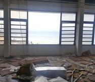El Hotel Vista Mar en Quebradillas era habilitado, luego de sufrir daños severos tras el paso del huracán María, para hospedar personal de FEMA.