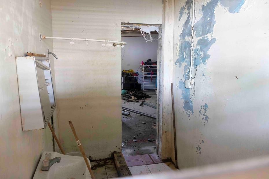 El interior de la estructura permanece cerrada desde el 2017 debido a los daños causados por las inundaciones.