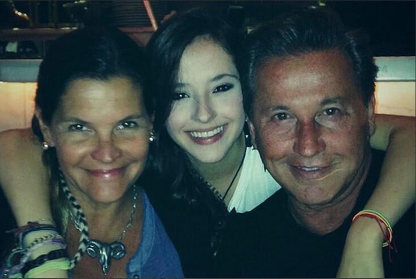Marlene Rodríguez y Ricardo Montaner junto a su hija Evaluna.(Instagram)