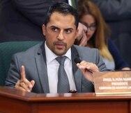 """El vicepresidente de la Comisión de Ética, Luis """"Junior"""" Pérez, presidirá la discusión de la querella ética en sustitución de Ángel Peña Ramírez (arriba)."""