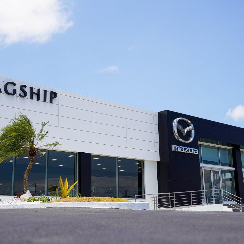 Flagship Mazda abre en Carolina