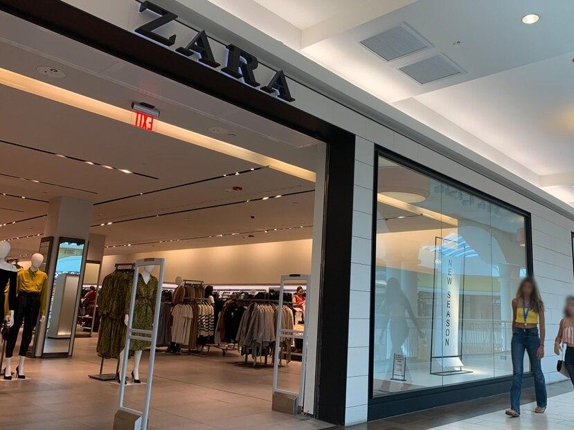 Quienes interesen hacer sus compras en línea, Zara también lanzó un app -disponible tanto para IOS como para Android-, mediante el cual podrán navegar entre sus piezas a la venta.