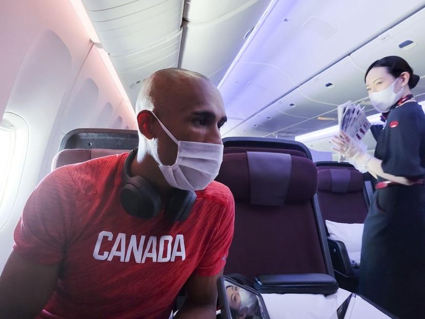 Damian Warner, destacado decalista canadiense, conversó con El Nuevo Día durante el vuelo que lo llevaría a Japón.
