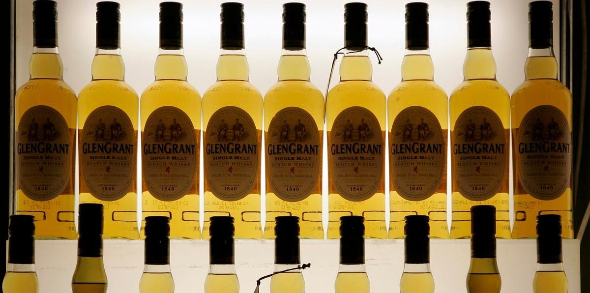 Esta semana, Estados Unidos y la Unión Europea pactaron para suspender, por espacio de cinco años, los aranceles que ambas partes aplicaron a una variedad de productos, incluido el aceite de oliva, el queso y el whisky.