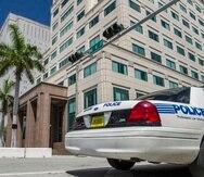 Vista de un coche patrulla de la policía de Florida.