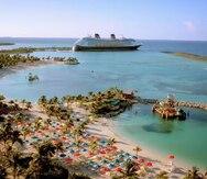 Empleados de Disney Cruise Line enfrentan al huracán Dorian en la isla de la empresa