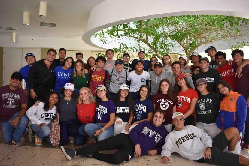 """Unos 38 estudiantes de Baldwin School, en Guaynabo se gradúan del currículo educativo conocido como """"Programa de Diploma del Bachillerato Internacional"""". (Suministrada)"""