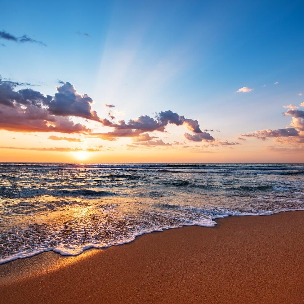 Atardecer desde una playa.