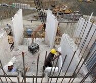 La industria de la construcción no ha podido tener continuidad en los proyectos de reconstrucción por la falta de fluidez de los fondos federales.
