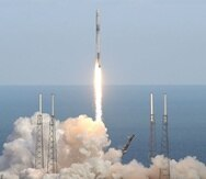 El objetivo de SpaceX es que las naves espaciales puedan volar sobre los cielos realizando sus traslados como cualquier avión comercial (AP).