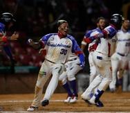 Panameños critican a Camargo, integrante de Dominicana, por celebrar el pase a la final de la Serie del Caribe