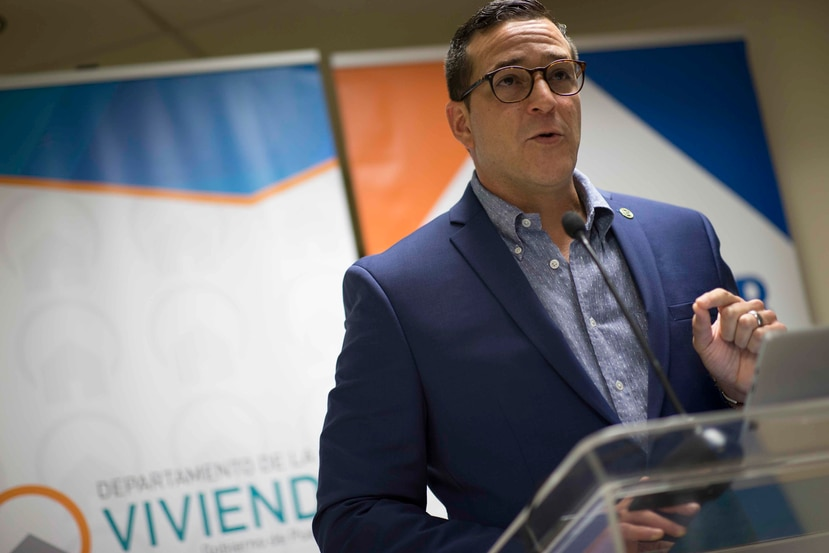 """""""Transparency is important for us and we have the books open,"""" said Gil Enseñat at a press conference at the Housing Department headquarters in San Juan."""