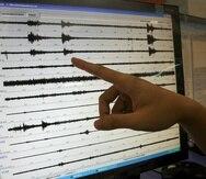 Foto de archivo de un sismógrafo que muestra las fluctuaciones entre la magnitud de los temblores.